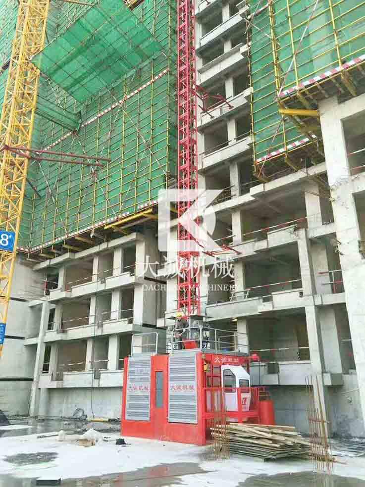 江苏人货建筑电梯
