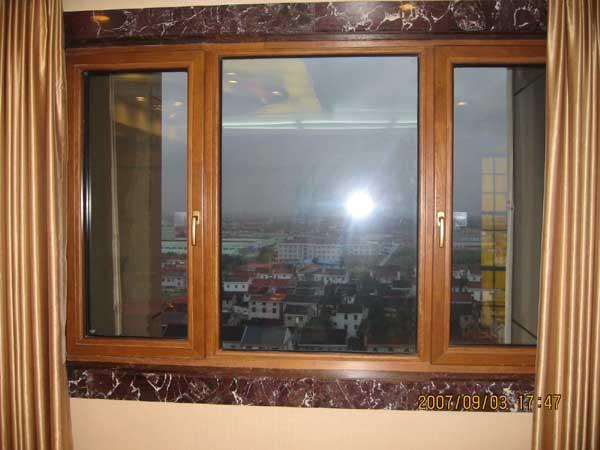 石家庄仿木纹塑钢窗定做