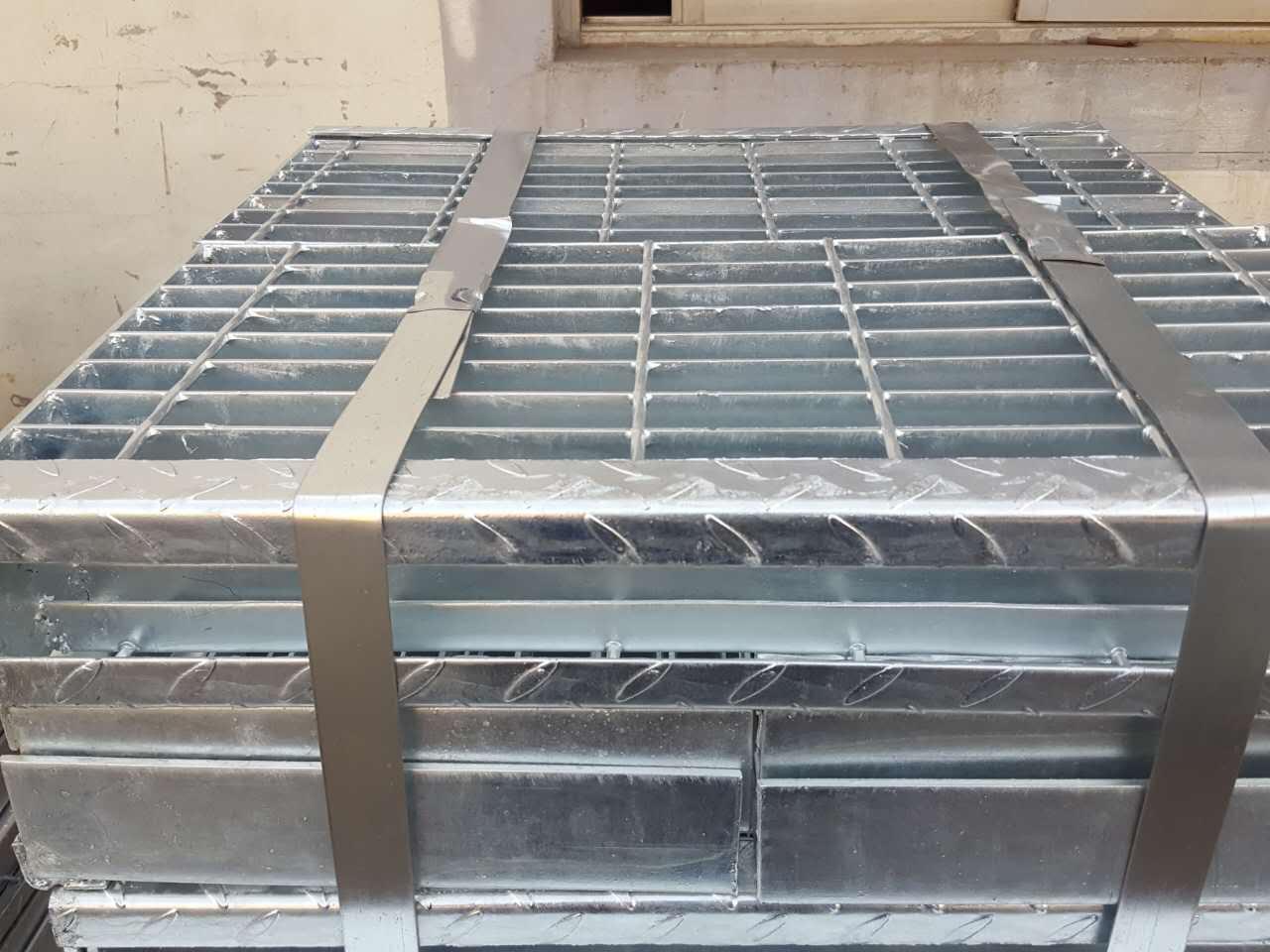 西宁热镀锌钢格板