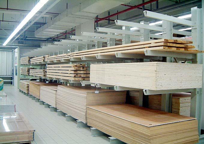 【方法】陕西大仓为你解析汽车4S店货架的设计原理 陕西货架厂家怎么擦货架又快又干净