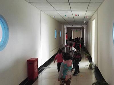 【厂家】孤独症学校带您了解孤独症孩子的语言特点 儿童自闭症社交能力如何培养