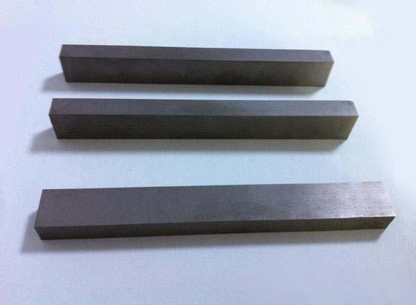 制砂机耐磨块冲击式破碎机配件严重影响冲击破性能 导流板的拆卸和安装