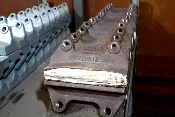 【多图】制砂机配件的部件组成 流道板的作用