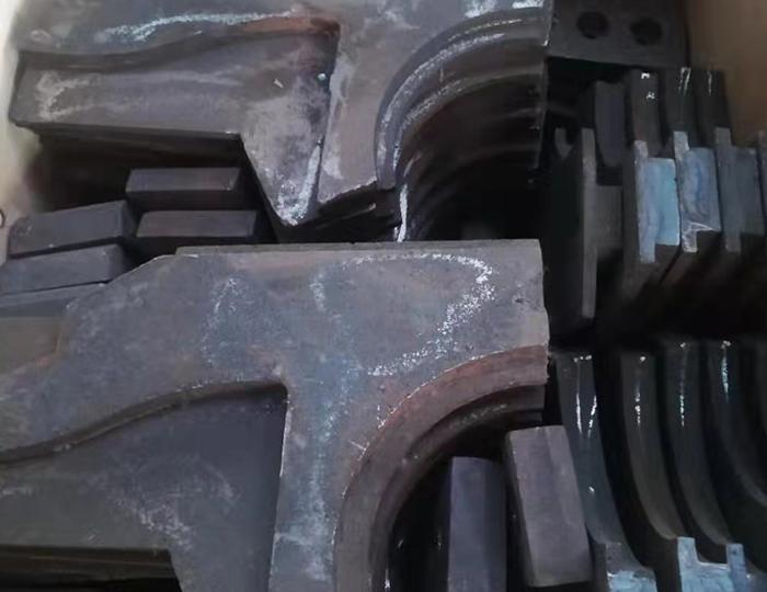 制砂机耐磨块性能