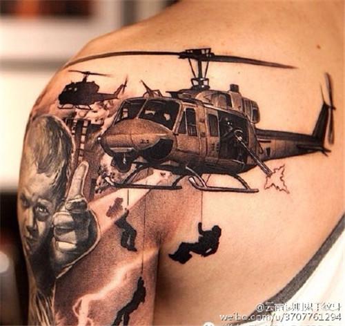战争题材纹身