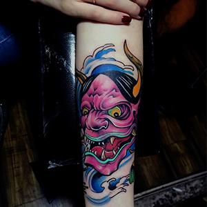 女生般若纹身