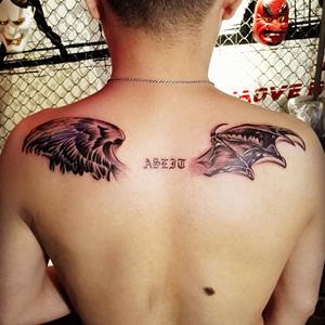 大型翅膀纹身分享展示