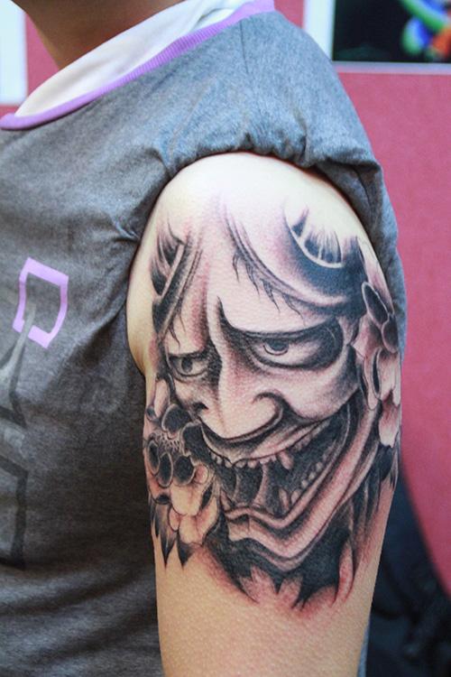 班诺纹身侧脸手稿内容图片分享