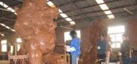泥塑狮子制作中安装于郑州北环动物园