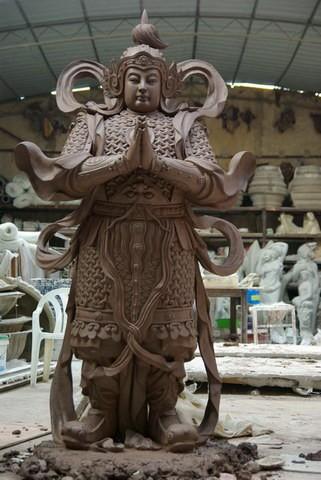 历史武士雕塑