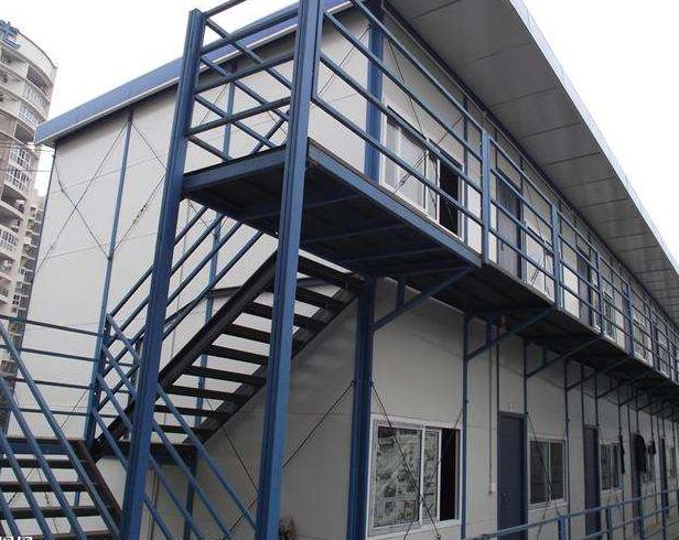 坡顶型轻钢活动房