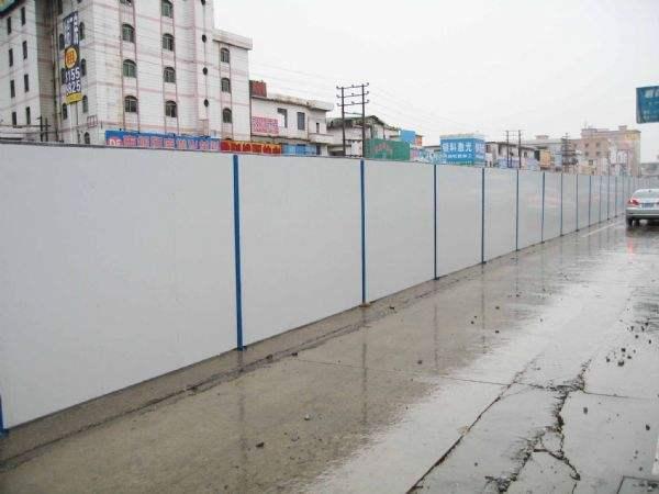 貴州彩鋼活動圍牆