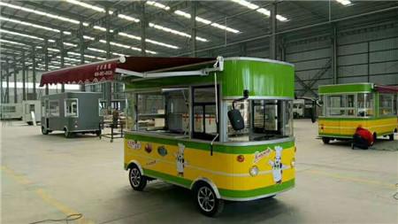 电动中巴餐车