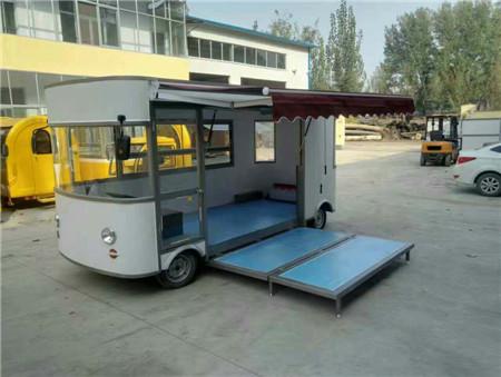 4轮电动餐车