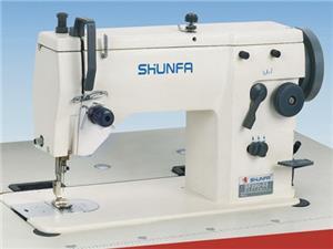 曲折缝缝纫机