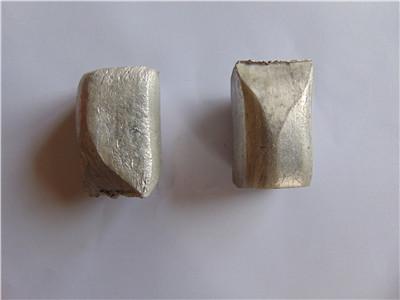 高纯钢砂铝