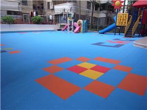 球场拼装地板厂家