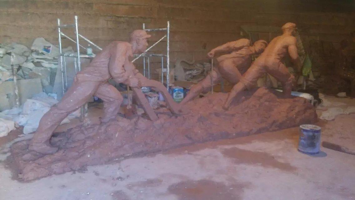 紀念性人物雕塑