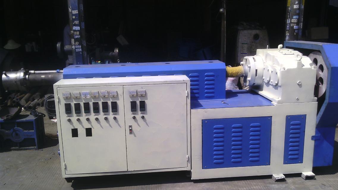 云南塑料机械