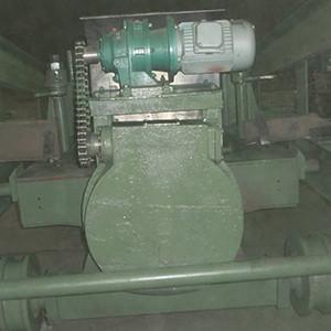 爐門修理站自動翻轉裝置