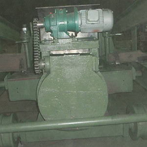 炉门修理站自动翻转装置