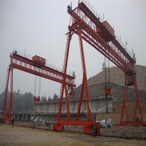 上海通用门式起重机