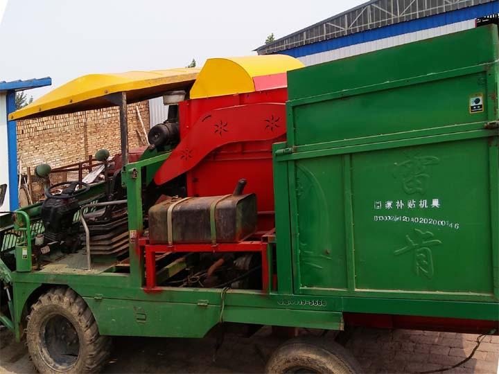 改装玉米收获机