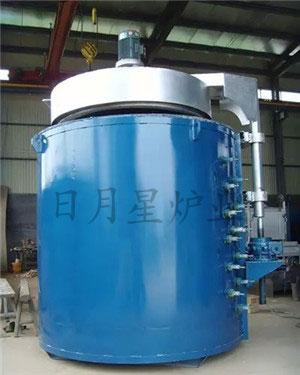低温井式炉
