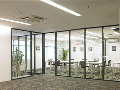 不锈钢单层玻璃隔断安装