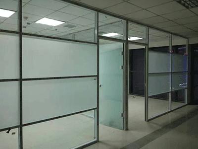 石家庄玻璃隔断生产