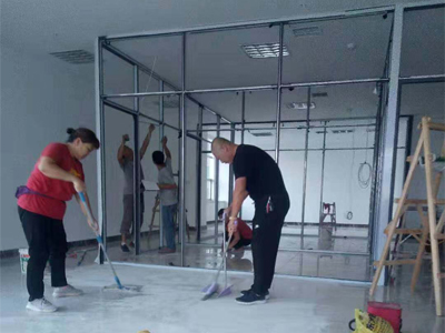 办公玻璃隔断安装厂家