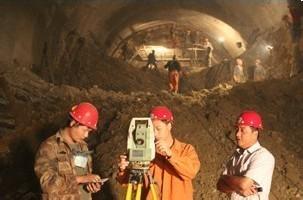 安顺隧道工程测量
