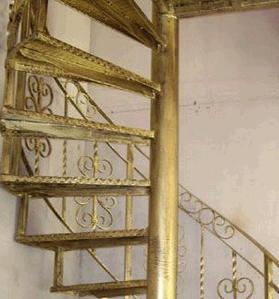 石家庄铁艺楼梯制作