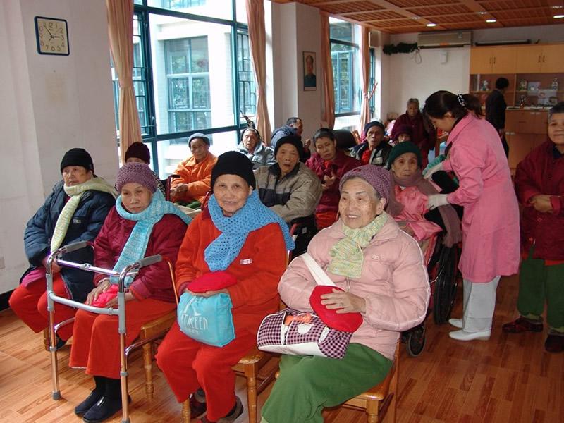 【图文】石家庄敬老院让儿女放心_石家庄养老院提醒老人春困要尽量调整