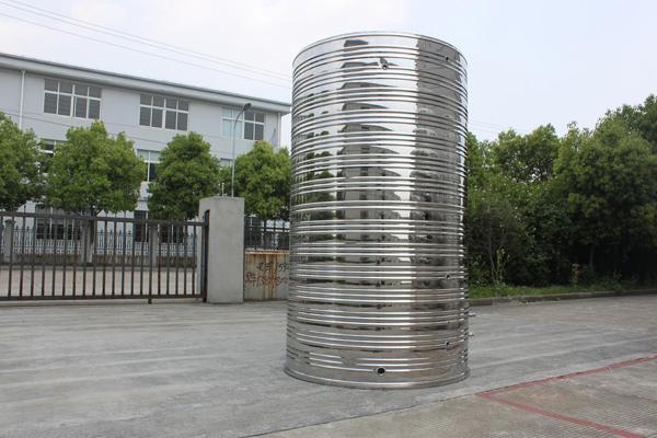 新乡不锈钢保温水箱