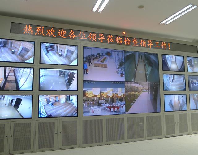 大理经典柜式电视墙