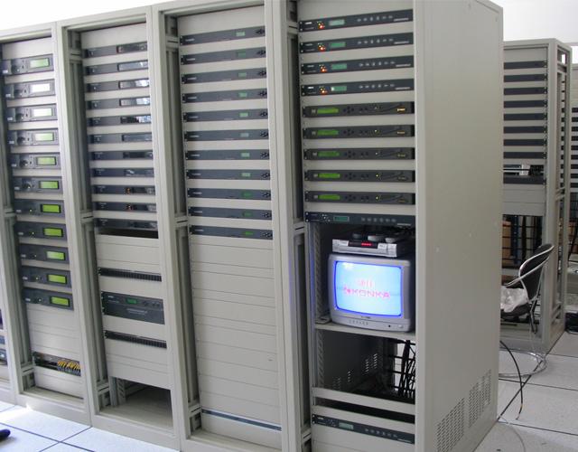 宣威无门式网络机柜