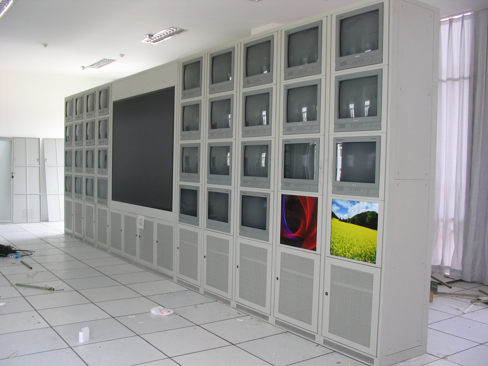云南昆明电视墙