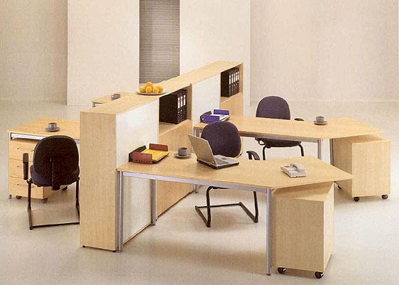 石家庄玻璃隔断安装诚信办公家具公司 选购办公椅子舒适为主