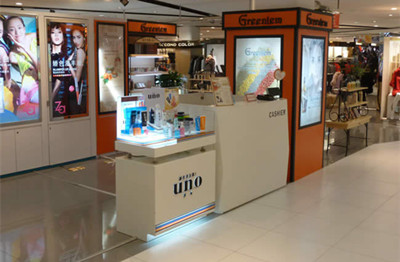贵阳化妆品展柜安装