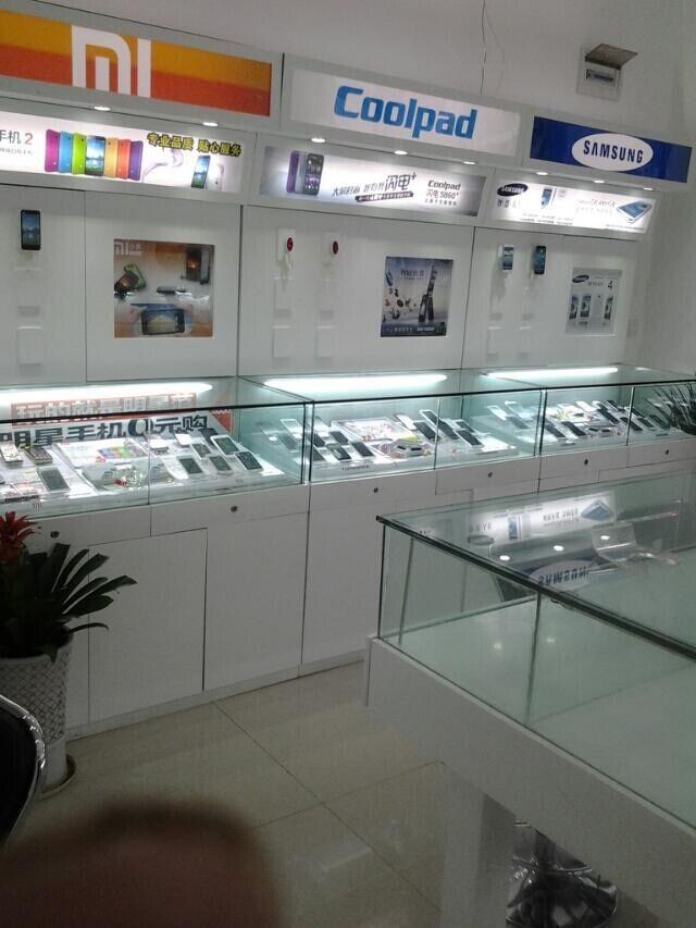 贵阳手机展柜设计