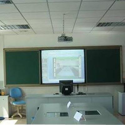 【技巧】教学黑板邀你共享 推拉黑板反光规避学生视力影响