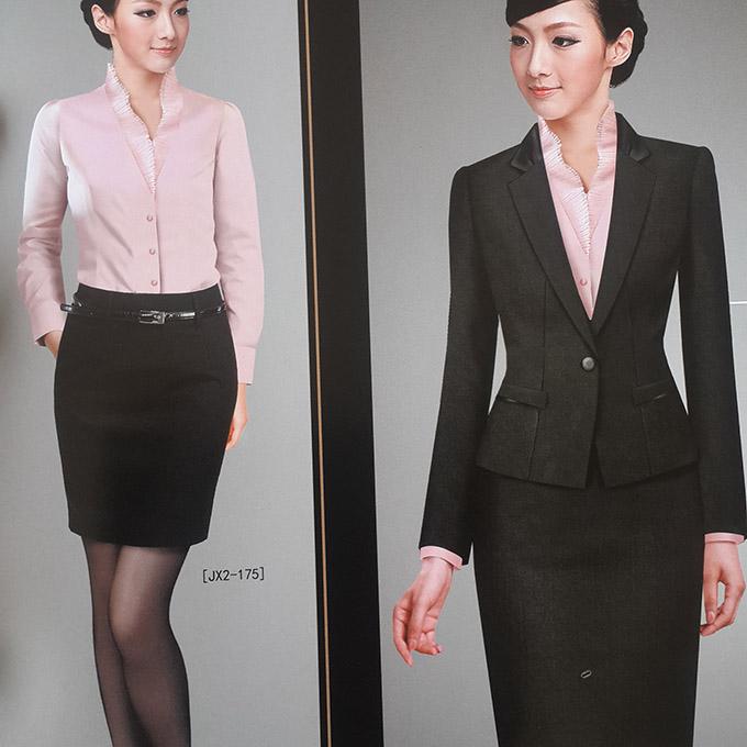 女性商务装