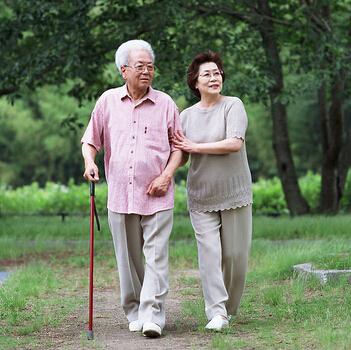 【多图】百岁老人的养生共性 什么样的老人会入住养老院