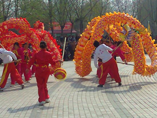 郑州舞龙舞狮表演