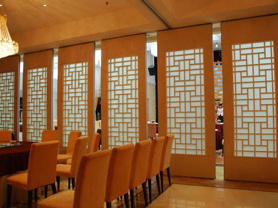 贵州酒店会议室隔断装修