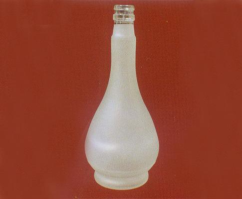 白玻璃酒瓶