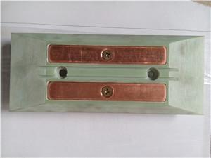 AGV充電電刷裝置