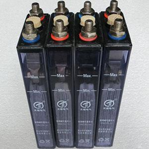 镉镍蓄电池