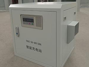 AGV自动伸缩充电机
